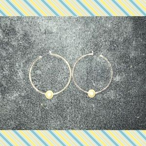 Jewelry - Women's hoop earrings